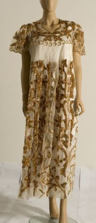 Ancienne blouset el tel du début du XXe siècle.