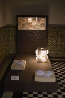 """Œuvres de Soupçon d'Art lors de l'exposition """"Le Bardo en lumière""""."""